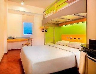 http://formule-1-menteng.top-hotels-in-jakarta.com/data/Photos/767x460/3176/317686/317686377.JPEG